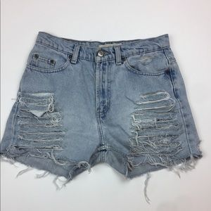High Waisted distressed light wash denim shorts